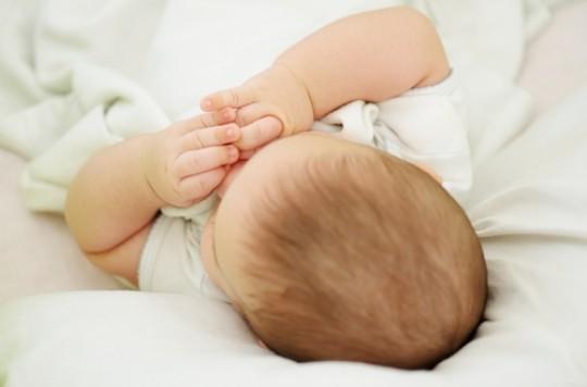 Mort subite : réduction du risque lorsque l'enfant dort dans la chambre des parents