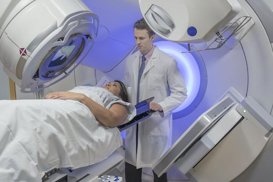 Cancer du sein localisé : réduire les toxicités de la radiothérapie ?