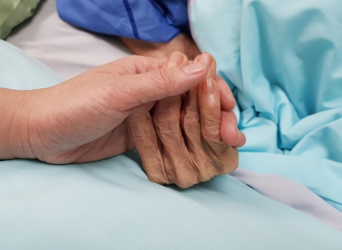 Fin de vie : la loi sur l'euthanasie activeen discussion à l'Assemblée
