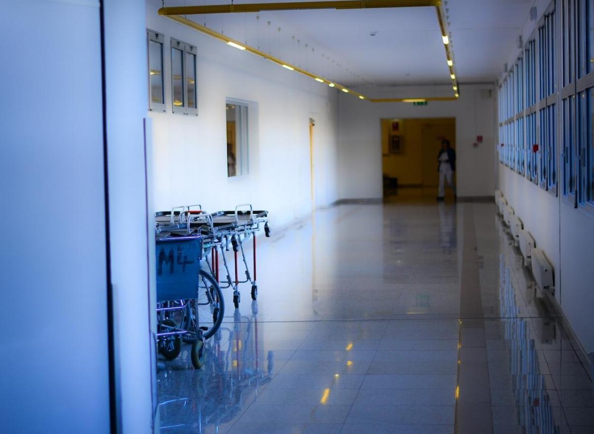 Coronavirus : l'hospitalisation est à réserver aux pneumonies sévères