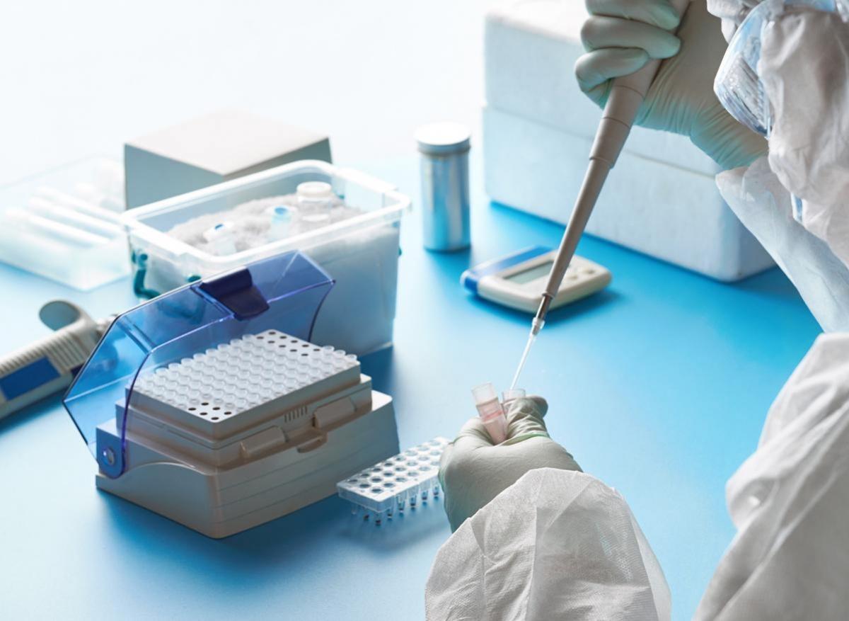 Covid-19 : un interferon bêta pourrait réduire de 79% le risque de forme sévère