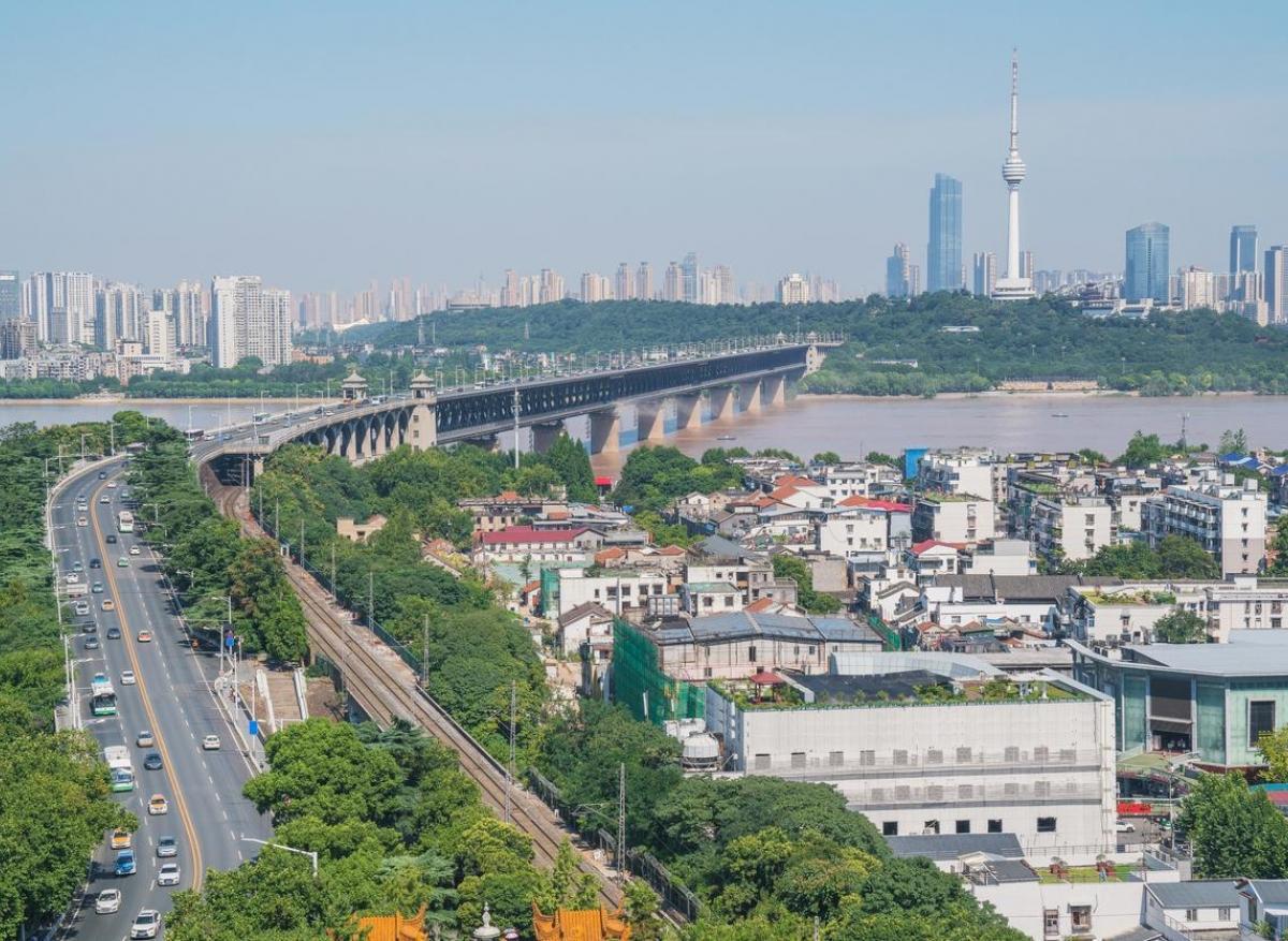 Covid long : des patients de Wuhan toujours malades un an après