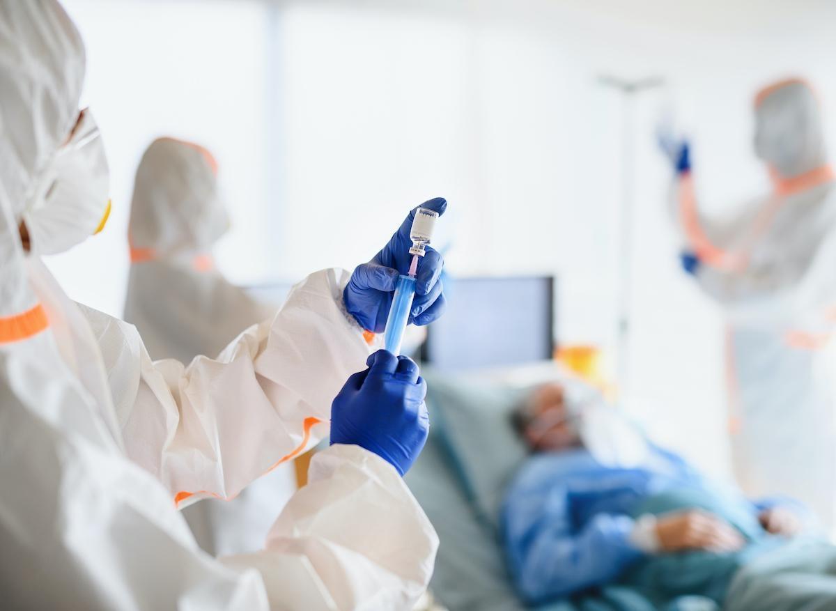 Covid-19 : risques de décès des cas sévères 10 jours après la sortie de l'hôpital