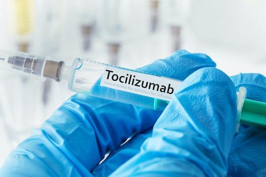 Covid-19 : efficacité du tocilizumab dans la stratégie de prévention des formes graves