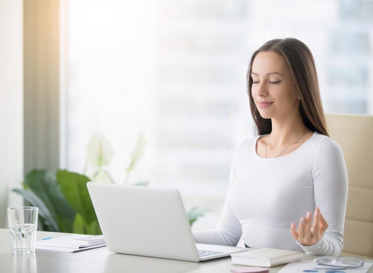 Méditation : elle aiderait notre cerveau à commettre moins d'erreurs