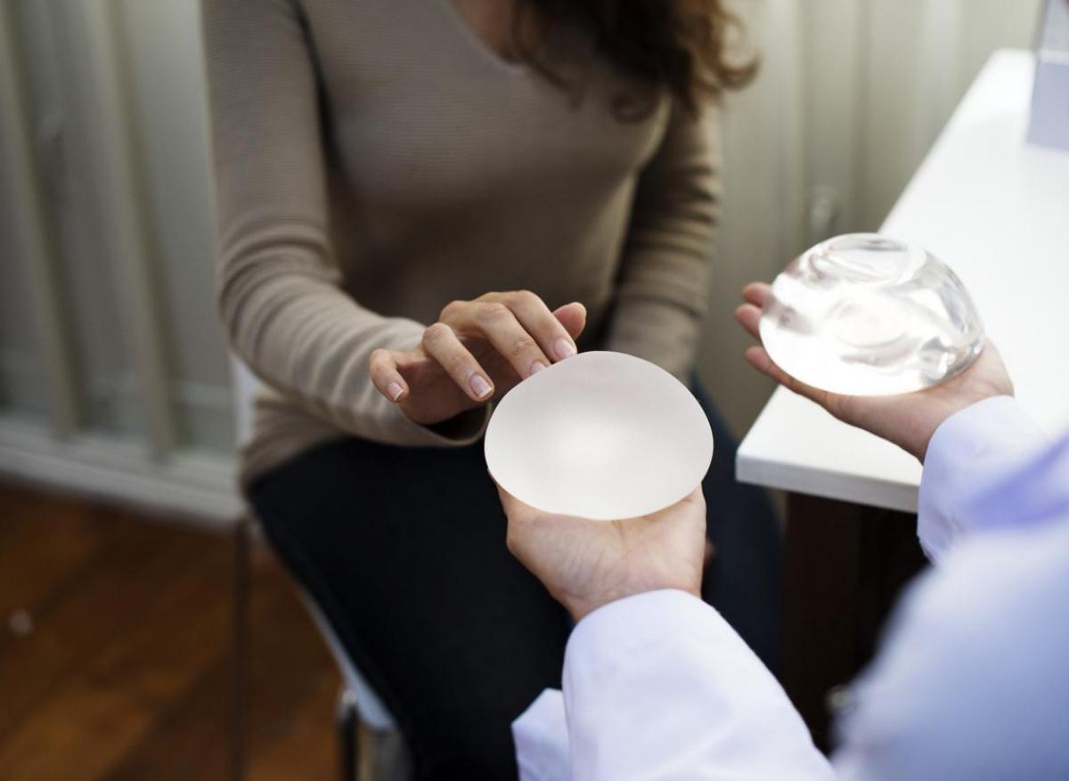 Implants mammaires : les raisons des lymphomes sur prothèse macrotexturée