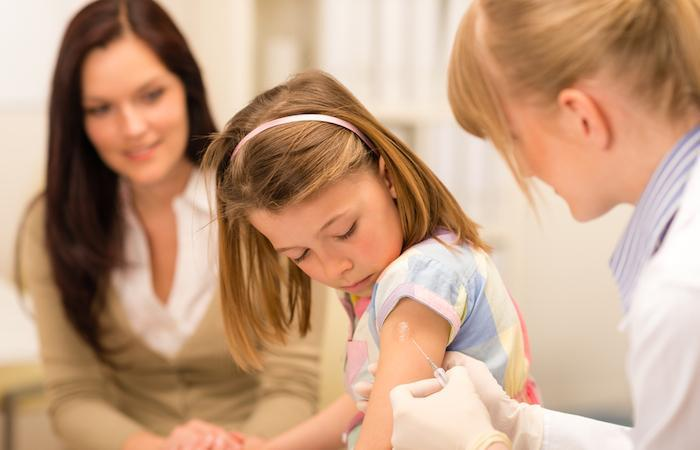 Vaccinations : des lacunes pour la rougeole et la méningite