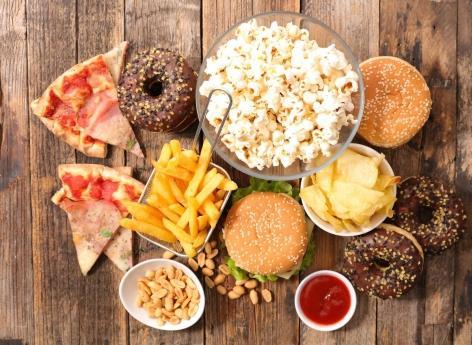 Aliments ultra-transformés : une incitation à manger davantage