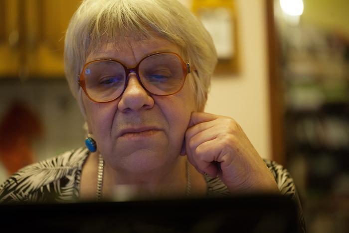 Isolement des personnes âgées : Skype et FaceTime sont efficaces