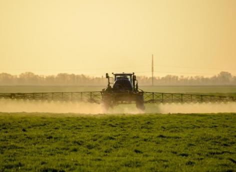 Glyphosate: un rapport parlementaire plus large que la polémique