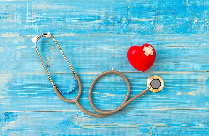Insuffisance cardiaque : la réparation per-cutanée de la valve mitrale réduit la mortalité