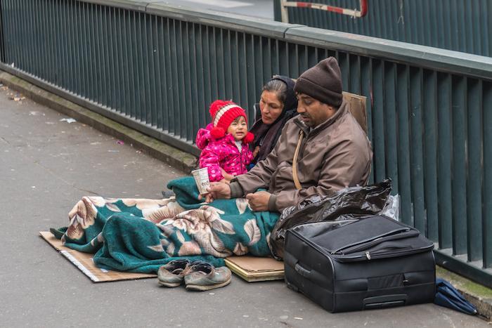 France : les migrants ne sont pas les responsables des épidémies