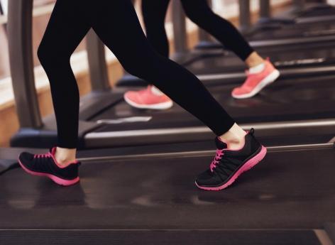HTA : 30 minutes de marche par jour font baisser la pression artérielle