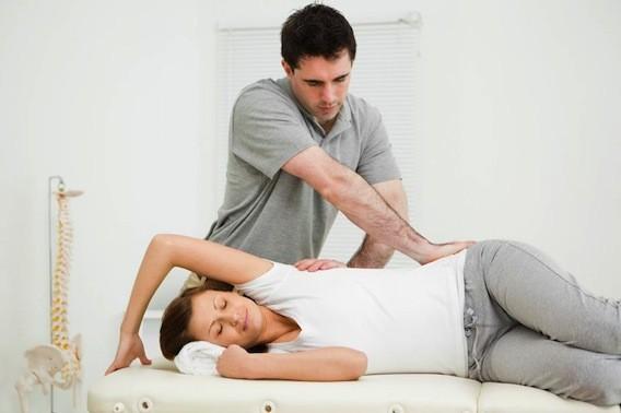 Lombalgie chronique : intérêt de l'ostéopathie