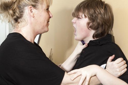Comportement anti-social : des anomalies neurologiques dans le cerveau des adolescents