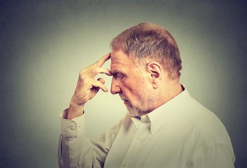 Alzheimer : un anti-inflammatoire pourrait limiter la perte de mémoire