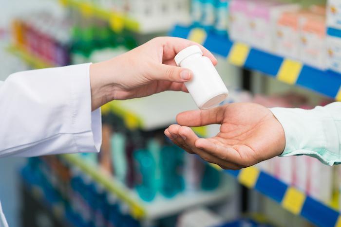 Antibiotiques à l'unité : améliorer l'observance et réduire les résistances