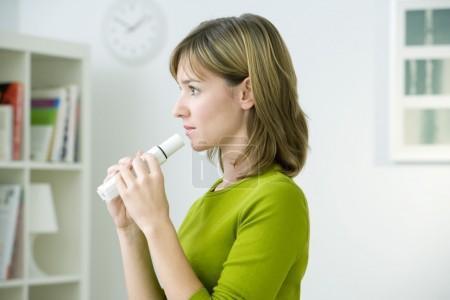 Asthme et test de provocation : poudre d'adénosine plutôt qu'aérosol d'AMP