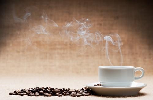 Café : pas de risque de cancer... sauf consommé chaud