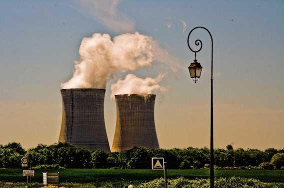 Centrales nucléaires : des comprimés d'iode seront distribués