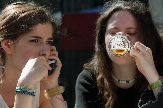 Alcool et tabac : consommation en baisse chez les collégiens