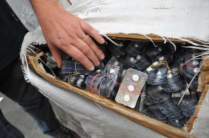 Médicaments contrefaits : quatre tonnes conduisent un réseau au procès