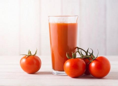 Risque cardiovasculaire : le jus de tomate aurait de nombreux bénéfices