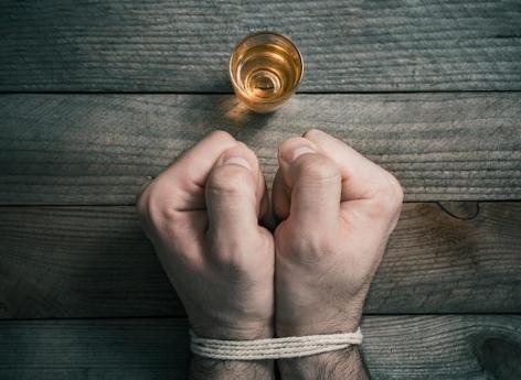 Alcoolisme : certaines régions du cerveau récupèrent après une période d'abstinence mais pas toutes