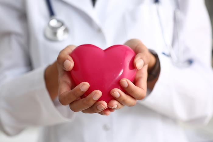 Insuffisance cardiaque : intérêt potentiel des inhibiteurs du SGLT2, même en l'absence de diabète