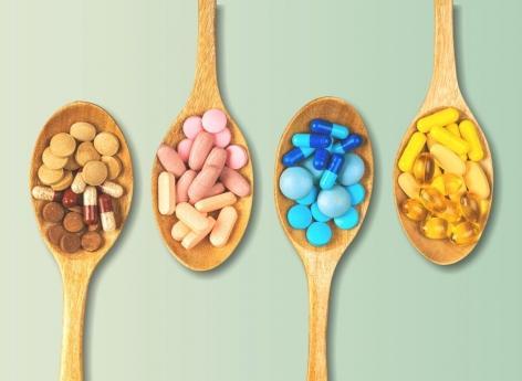 Compléments alimentaires : certains sont inutiles, voire dangereux