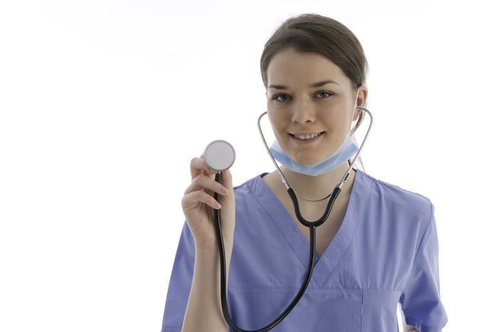 Consultation : vers l'autonomie des infirmières tant que le médecin demeure chef d'orchestre ?