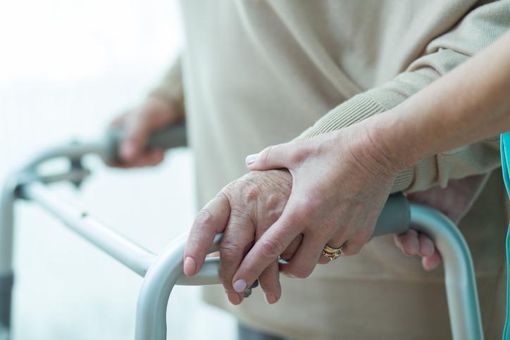 Plan d'économie du gouvernement : les prestataires de santé à domicile s'y opposent