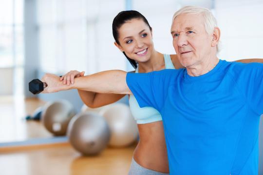 Vieillissement : nombreuses carences associées à la fragilité