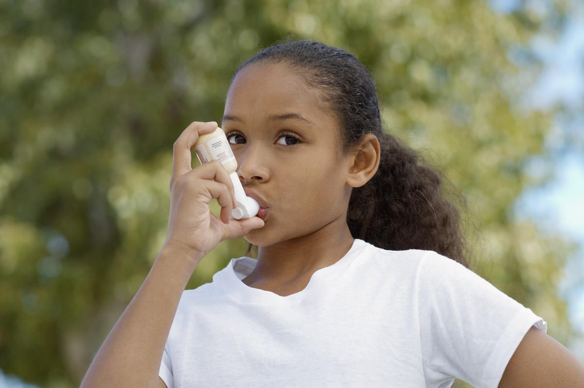 Asthme de l'enfant : importance de la vitamine D chez les obèses exposés à la pollution