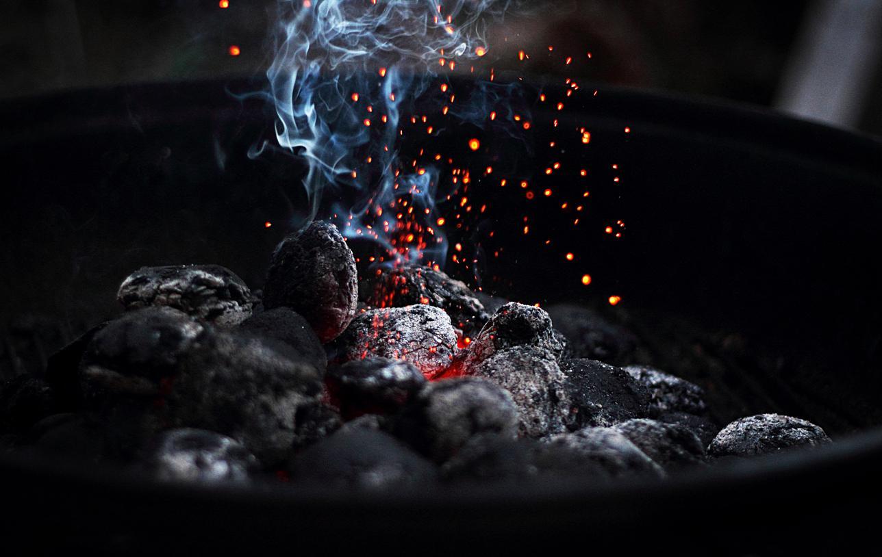 Mortalité : cuisiner au fuel et au charbon accroît le risque de mortalité totale
