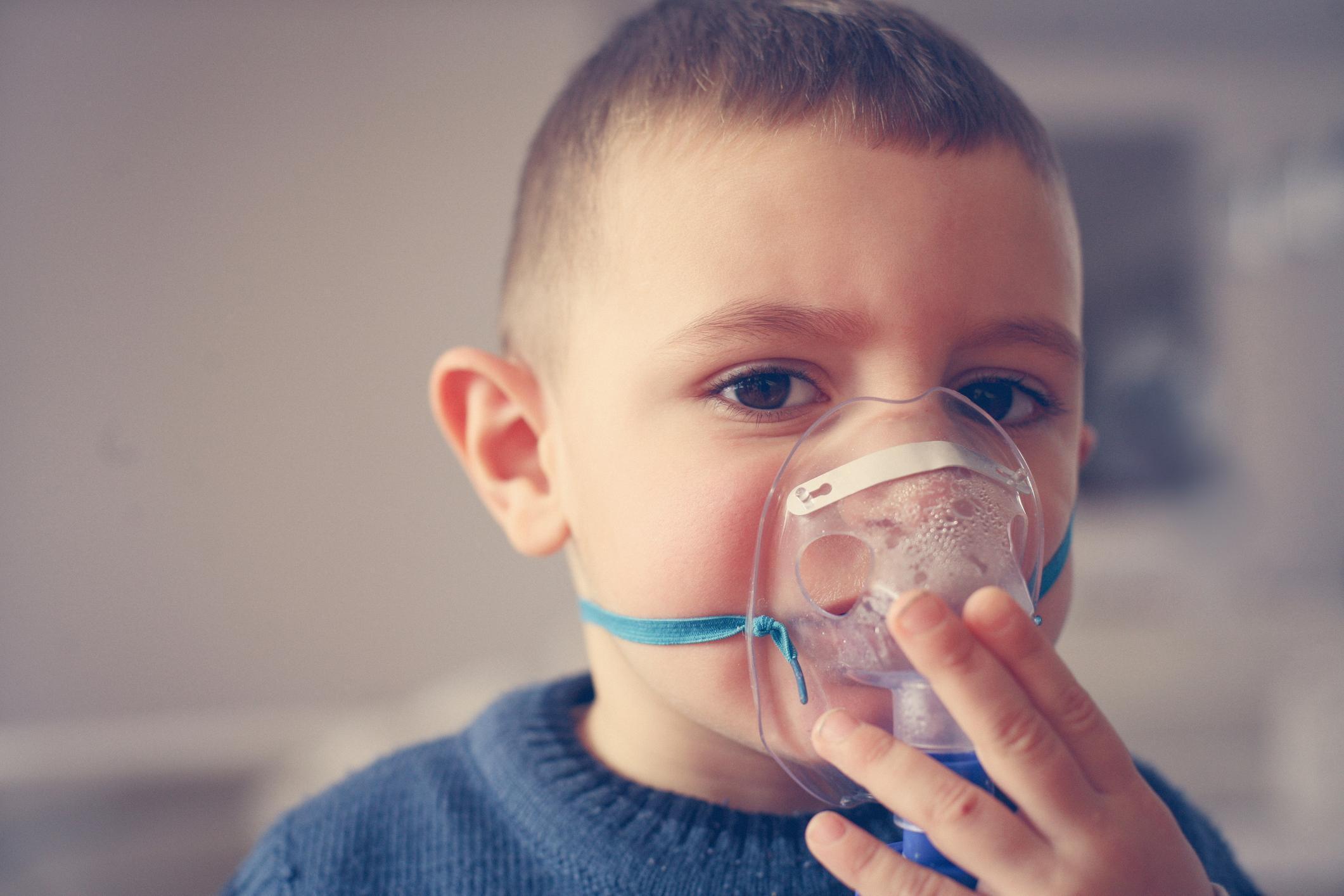 Asthme : jusqu'à 38% des cas d'asthme infantile seraient liés à la pollution