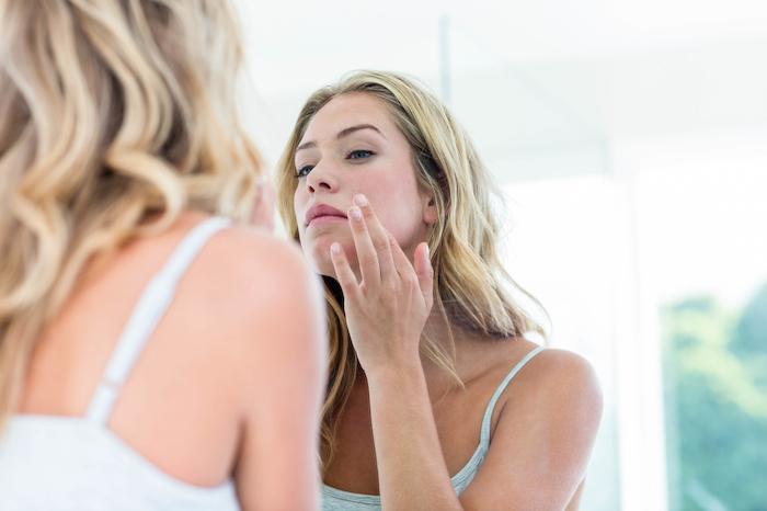 Santé hormonale des femmes : les produits de beauté peuvent avoir un impact