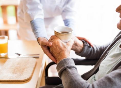 Dépendance des seniors: 4 millions de personnes en 2050