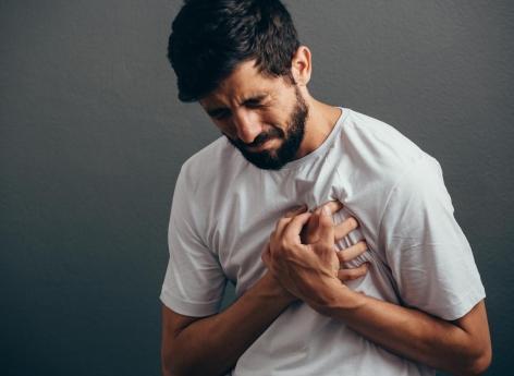 Douleur thoracique : une intelligence artificielle capable de prédire décès et infarctus