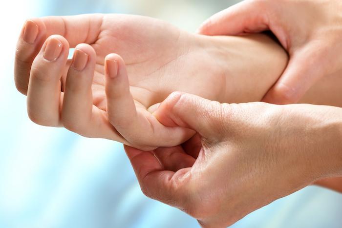 PR en rémission : la diminution progressive du traitement peut commencer par les anti-TNF