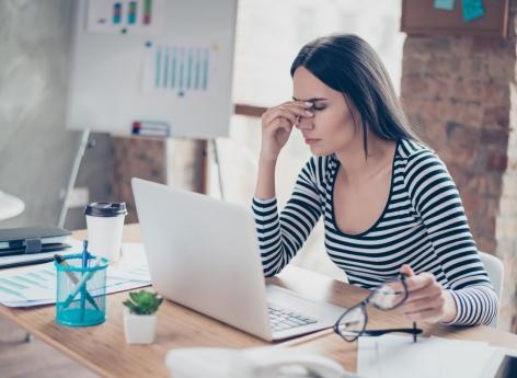 Stress au travail et mauvais sommeil : majoration du risque de décès cardiovasculaire