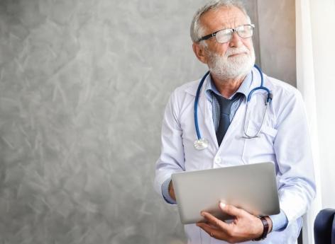 Hypertension « blouse blanche » : elle double le risque de décès cardiovasculaire