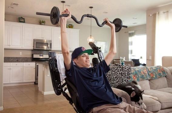 Paralysie : les cellules souches pour améliorer la fonction motrice