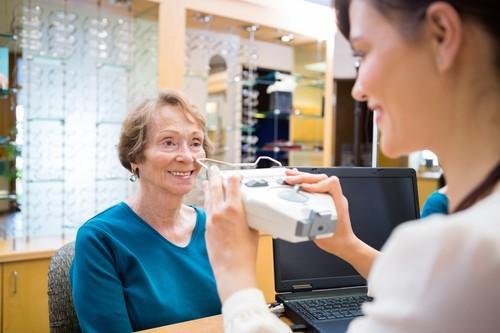 Délivrance des lunettes : les prérogatives des opticiens s'étendent