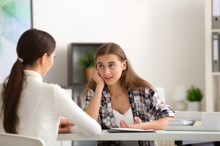 Souffrance psychique : des consultations de psy gratuites pour les ados