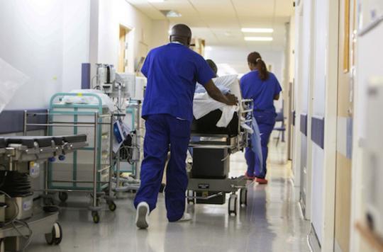 Déficit des hôpitaux publics : les médecins libéraux se défendent