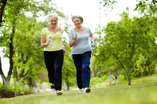 Prévention secondaire : même faible, l'activité physique réduit le risque cardiovasculaire