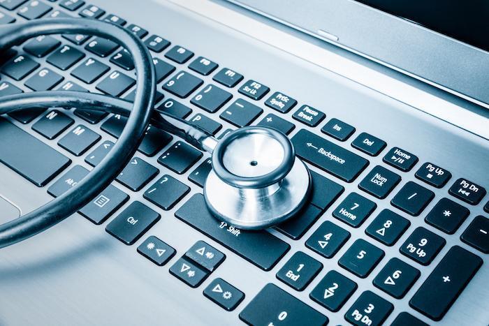 Cyber-attaque : un dossier médical peut se vendre jusqu'à 200 dollars