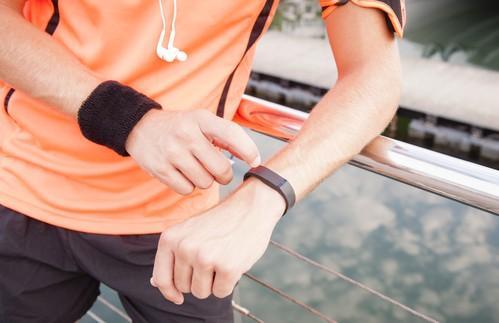 Bracelets connectés : doutes sur la fiabilité de la technologie de FitBit