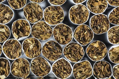 Tabac : la nouvelle cigarette des buralistes fait bondir les tabacologues
